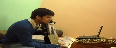 Sarangi-learning-online-lessons-Indian-guru-teachers